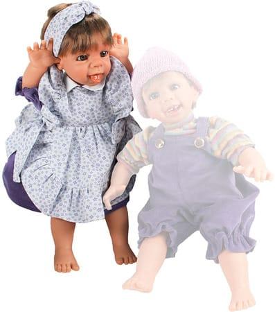 Кукла Gestitos Девочка (показывает язык)
